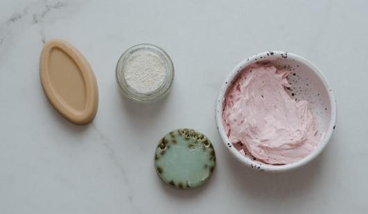 Naturalne kosmetyki - peeling i mydełko.